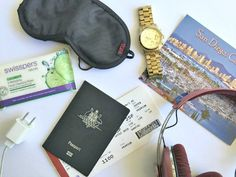 Travel 101: 16 items you need to pack in your hand luggage!