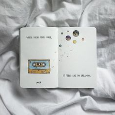 Her Aya Bir Resim Çizen Ana Ye'den Not Defteri İllüstrasyonu Notepad Illustration from Main Ye Who Draws a Picture for Each Month Bullet Journal Quotes, Bullet Journal Writing, Bullet Journal Inspiration, Drawing Journal, Art Journal Pages, Art Journals, Kunstjournal Inspiration, Art Diary, Wreck This Journal
