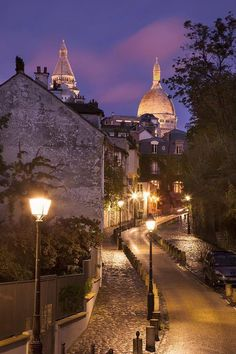 Montmartre_Paris One of my favorite places is Paris. Go up to the cathedral from the front side of it, turn left and that whole neighborhood is Montmartre, one of the oldest neighborhoods in Paris. Artsy!