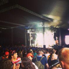 .@flashmob_tony   #gurtenfestival #raining #stillraining #whocares #party