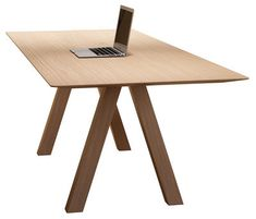 Tresle Table - / 240 x 90 cm Natural Oak by Viccarbe