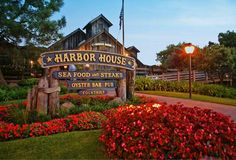 Looking For Things To Do In San Go Seaport Village Offers Waterfront Dining Ping Events And Tours Making It Your One Stop Fun