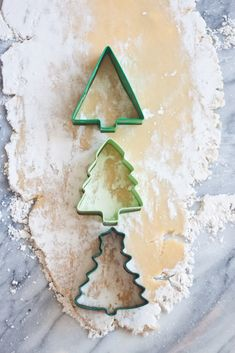 Aunt Sweetie's Sugar Cookies ~ The secret to these beauties? 1. Let the dough chill overnight after making it, and 2. Rolling out the dough in powdered sugar, instead of flour. This second step is so genius, and leads to the perfect flavor and texture for a sugar cookie. The icing is simple and delicious, and I think these are best served a bit cold. ♥