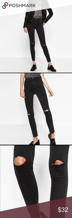 [zara] dark grey high-waisted ripped jeggings Super flattering jeans with a rips on the knees. Outer shell is 64% cotton, 33% polyester, 3% elastane. Worn once. Looks black but it's dark grey. Zara Jeans Skinny