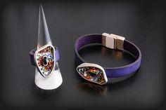 Pulsera y anillo de cuero con pieza de zamak con Swarovski Elements
