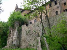 castello di cena via monte delle formiche abandoned piacenza