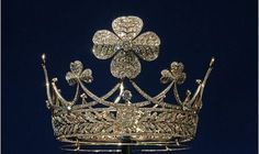 tiaras-and-crowns-royal