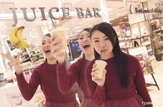 There is a supermarket where fresh smoothies Juice Bar@ Daiei Kobe Sannomiya 1F  #daiei #japankuru #japan #cooljapan #kobe #kansai #shopping #supermarket
