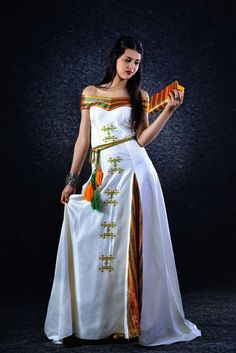 Robe kabyle moderne avec col bateau