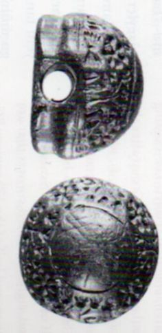 An example of a globular seal and the drawing of the impression of the concave seal surface, Boğazköy (Dinçol-Dinçol) (Erdinç Bakla archive)