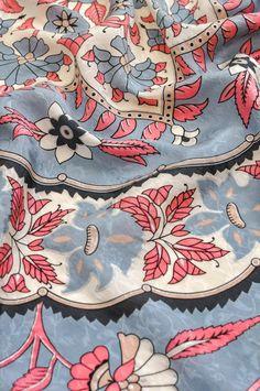 Vintage Oscar De La Renta Square Scarf from Sweet & Spark Vintage Costume Jewelry, Vintage Costumes, Vintage Jewelry, Necklace Extender, Vintage Scarf, Red Carpet Dresses, Square Scarf, Scarf Styles, Designer Collection