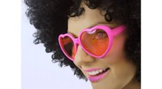 Herzbrille in Pink Tutu Rock, Metallica, Pink, Sunglasses, Heart, Products, Fashion, Hen Party Games, Beautiful Pictures