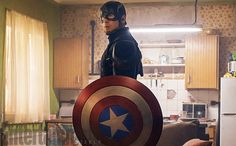 """Chris Evans wants to be in Iron Man 4 5-New Photos from #CaptainAmericaCivilWar """"It's a fixer upper, but it has great views."""""""