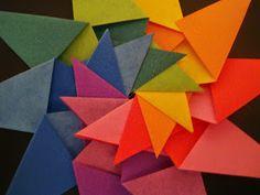 Martha  é uma estrela colorida. Não poderia ser bege, em cores neutras. Para combinar com ela, tinha mesmo que ter todas essas cores e aind...
