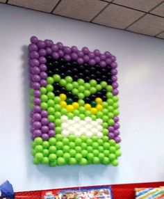 Hulk balloon wall