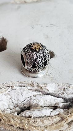 Authentic Pandora 2015 Black Friday Wonderland Charm Clear Pave CZ 14K Gold Sterling Hallmarked S925 ALE Ltd Edn Item# USB794200 RETIRED Pandora Christmas Charms, Pandora Charms, Pandora Anniversary Charm, Christmas Gifts For Mom, Christmas Tree, Floating Charms, Snow Globe, Silver Charms, Black Friday