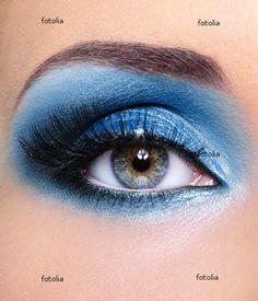 Blue eye shadow!!