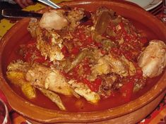 Poulet basquaise traditionnel Food And Drink, Pork, Beef, Chicken, Cooking, France, Dom Tom, Barbecue, Good Times