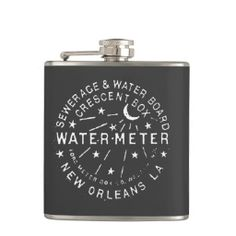 New Orleans Water Meter Flask : A fun gift for the groomsmen at your New Orleans Wedding! #neworleans #neworleanswedding #neworleanswatermeter #groomsmangift