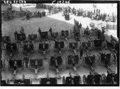 Vue générale du canon pris en Champagne dans la Cour de Invalides : [photographie de presse] / Agence Meurisse | Gallica