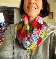 Beautiful colorful #crochet squares cowl by Bunny Mummy