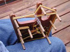 Keel loom - mini version (easily transportable) of an inkle loom
