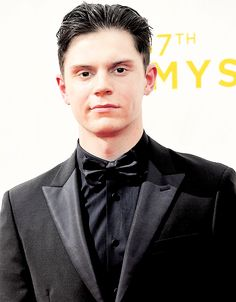 Evan Peters attends the 67th Annual Primetime Emmy Awards in Los Angeles, California. 09/20/2015