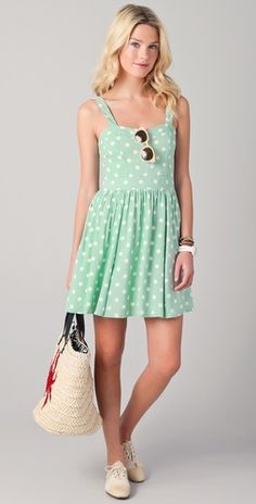 Cute mint-coloured polka-dot dress for spring/summer.