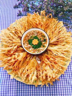 Japanese Vegetarian Recipes, Easy Thai Recipes, Asian Recipes, Great Recipes, Empanadas, Happy Cook, Banting Recipes, Reception Food, Food Decoration