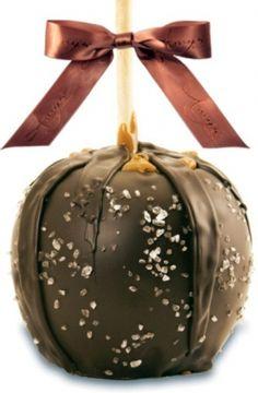 Dunked Caramel Apple w/ Dark Belgian Chocolate & Sea Salt - granny smith apples. Apple Desserts, Apple Recipes, Just Desserts, Fall Recipes, Delicious Desserts, Granny Smith, Candy Recipes, Dessert Recipes, Gourmet Caramel Apples