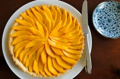 Mango fruit tart inspired by the famous Thai dessert, mango sticky rice Coconut Sticky Rice, Coconut Tart, Mango Sticky Rice, Coconut Custard, Coconut Cream, Mango Tart, Mango Fruit, Thai Dessert, Sweet Pastries