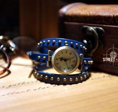 Leather Strap with Rivet Wrap Watch----blue