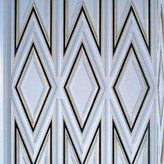 Lustrous texture. Xk @bergdorfs #interiordesign #wall #details #newyork…