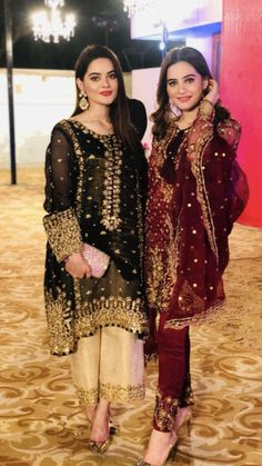 56 Trendy Ideas For Party Dress Pakistani Wedding Photography Pakistani Fashion Party Wear, Pakistani Wedding Outfits, Bridal Outfits, Indian Fashion, Girl Outfits, Fashion Outfits, Women's Fashion, Shadi Dresses, Pakistani Formal Dresses