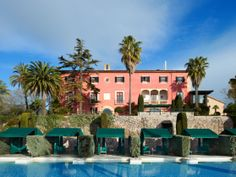 Some places you'll remember for a long time, Gran Hotel Son Net wil stay in you memory for ever. Spain Culture, Gran Hotel, Small Luxury Hotels, Leading Hotels, Balearic Islands, The Beautiful Country, Beach Hotels, Travel Style, Places Ive Been