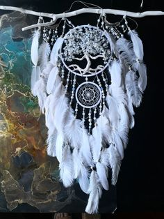 Dream Catcher White, Large Dream Catcher, Feather Dream Catcher, Dream Catcher Boho, Doily Dream Catchers, Creative Gifts For Boyfriend, How To Make Decorations, Roommate Gifts, Small Rings