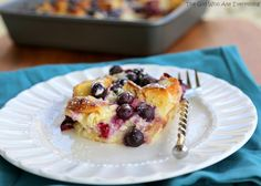 blueberry-croissant-puff-plate