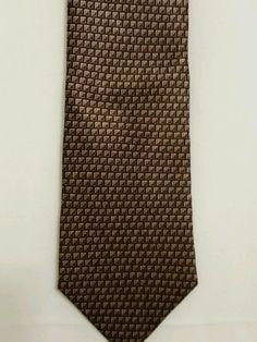 NEW Roundtree and Yorke Geometric 100% Silk Multi Color Classic Mens Neck Tie #RoundtreeYorke #Tied