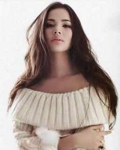 I nominate Urassaya Sperbund from Thailand 🇹🇭 for Most Beautiful Faces, Beautiful Asian Women, Amazing Women, Good Woman, Ulzzang Korean Girl, Fashion Cover, Asia Girl, Girls Sweaters, Pull