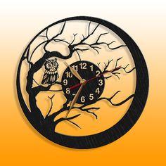 Owl Black Wood Wall clock birds wooden clock from PerAsperaAd on Etsy Owl Clock, Clock Art, Record Crafts, Record Art, Bird Theme, Wood Clocks, Art Mural, Quartz Clock Mechanism, Scroll Saw