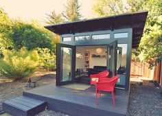 """""""She Sheds"""" are L.A.'s New Man Caves 
