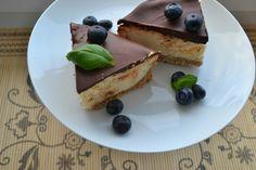 BOŽSKÝ BEZLEPKOVÝ CHEESECAKE S ČOKOLÁDOVOU POLEVOU Cheesecake, French Toast, Food And Drink, Breakfast, Desserts, Blog, Cheesecake Cake, Breakfast Cafe, Tailgate Desserts