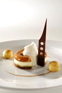 Plate - Italy - World Cup Pastry #plating #presentation