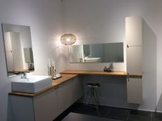 HTH bath. Nordic style, Oak- door copenhagen...HTH Nykøbing F