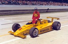 Rick Mears - The Complete History of Indianapolis 500 Winners Indy Car Racing, Indy Cars, Indy 500 Winner, Indianapolis Motor Speedway, Speed Racer, Vintage Race Car, Sports Art, Car Photos, Grand Prix