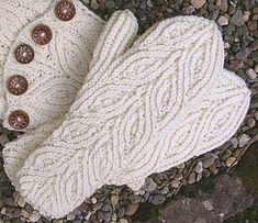 Ravelry: Rowan Mittens pattern by Dagmar Mora. I'd love fingerless gloves in this pattern! Mittens Pattern, Knit Mittens, Knitted Gloves, Knitting Socks, Free Knitting, Baby Knitting, Knitting Projects, Crochet Projects, Knitting Patterns