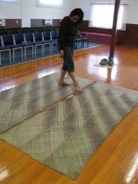 NorthTec raranga weaving marae Te Hemoata Henare Northland New Zealand Flax Weaving, Basket Weaving, Hand Weaving, Maori Designs, Maori Art, Weaving Patterns, New Zealand, Tapestry, South Pacific