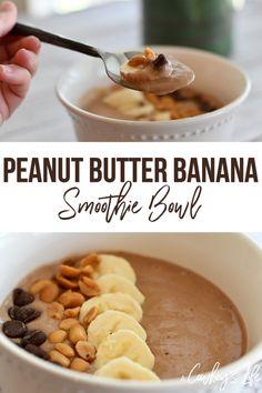 How to make a peanut butter banana smoothie bowl smoothie smoothiebowl schoko porridge mit erdnussbutter und banane Banana Smoothie Bowl, Smoothie Detox, Raspberry Smoothie, Fruit Smoothies, Smoothie Recipes, Dinner Smoothie, Clean Eating Snacks, Healthy Eating, Healthy Food