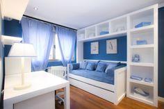 Dormitorio, estilo Contemporaneo color Azul cielo, Azul, Azul oscuro,