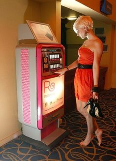 Ballet Flats vending machine: Two British companies, Rollasole and After Heels, sell dainty (and comfy) ballet flats to tired clubbers with anguished feet. Live Lobster, South Beach Hotels, Slot Machine, Night Club, Around The Worlds, Vending Machines, Vending Machine Hack, Free, England